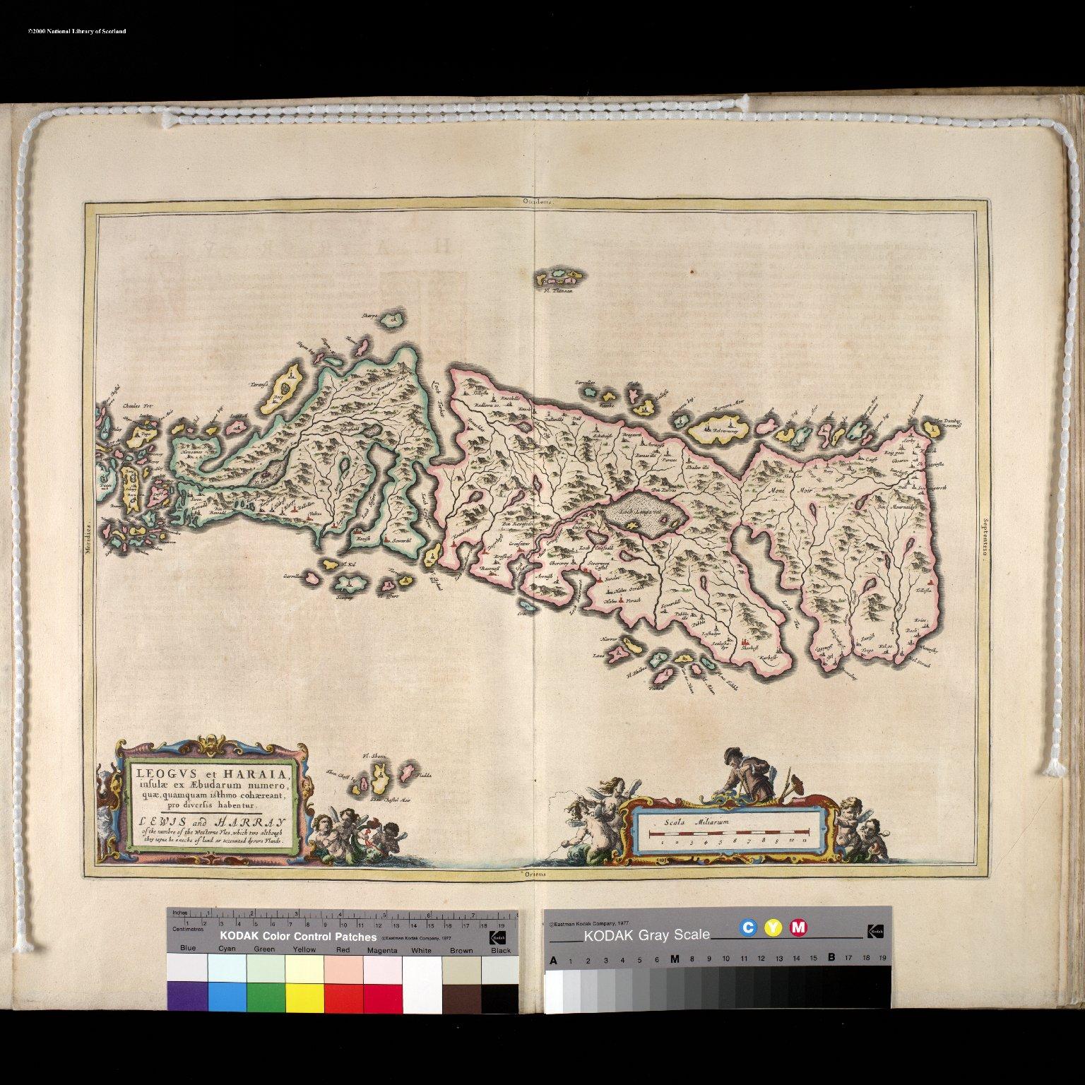 LEOGVS et HARIA, insulae ex Aebudarum numero, quae , quamquam isthmo cohaereant, pro diversis habentur. [2 of 3]